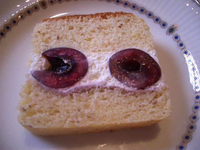 チェリー生ケーキ