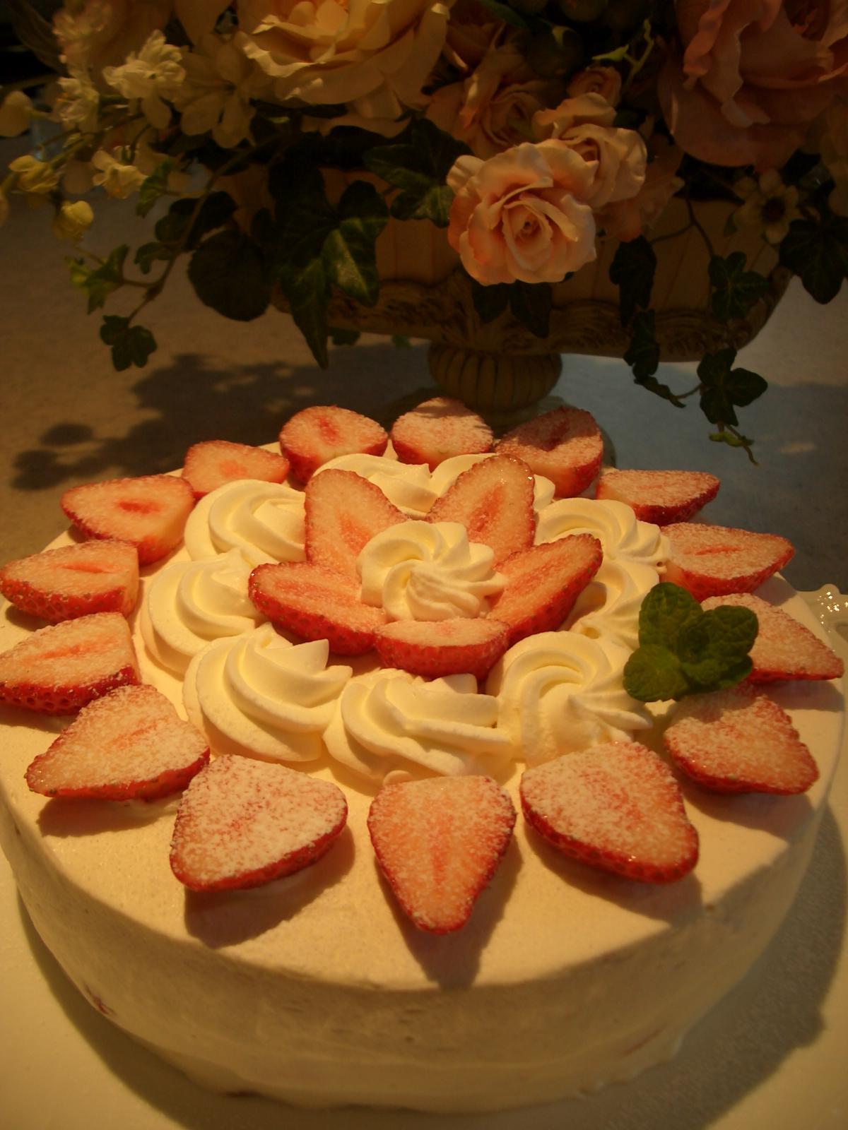 お菓子教室(4月)ストロベリーショートケーキ