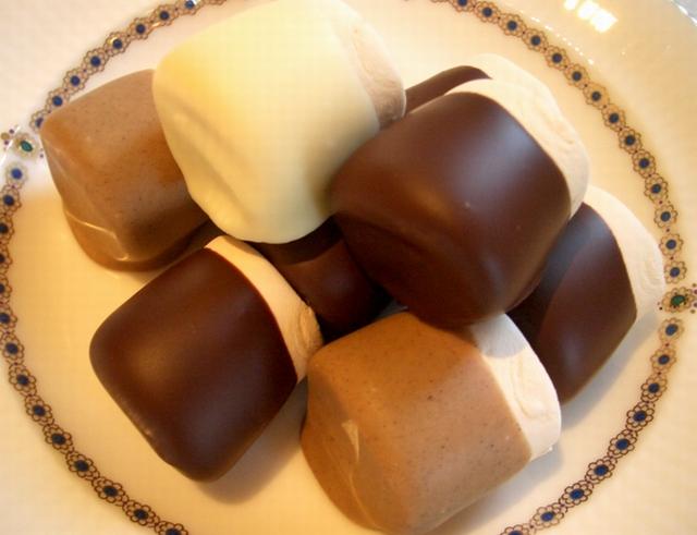 マシュマロチョコレートミックス9粒入り袋(冬期限定)