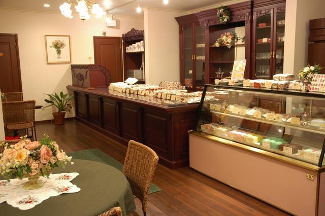 2007/12月お菓子のアトリエミユキ店内にて